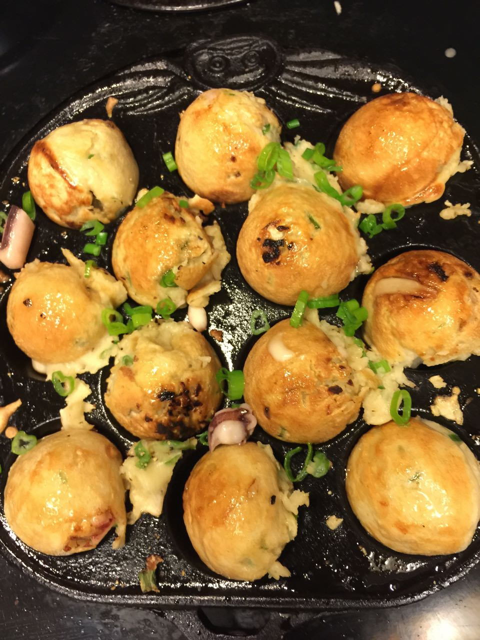 Easy Takoyaki Recipe with Cast Iron Pan - Annie's ...