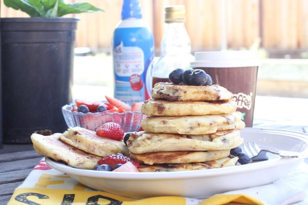 Macadanamia_nut_banana_pancake